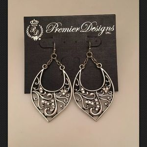 Premier Designs BLISSFUL Filigree Crystal Earring